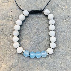 Howlite and Aquamarine Gemstone Bracelet